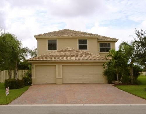 3805 Torress Circle, West Palm Beach, FL 33409 Photo